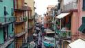 Манарола - город, где на улицах припаркованы лодки, а автомобилей.... просто нет