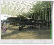 Штурмовик Су-25 (СССР). По рассказам представителей войсковой части, принадлежал Руцкому до его командировки в Афганистан, а потом передан в части поддержки ...