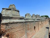В разные годы XVIII века переходы перестраивались и реконструировались.