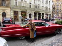Таня и красный автомобиль