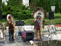 Уличные артисты