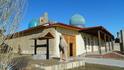 Последняя фотография перед перезарядкой, недалеко от Биби-Ханум(на заднем плане) и Базара.