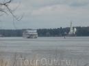 И к Мышкинскому пирсу кораблики с туристами пришфартовывают регулярно