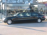 вот такое оно такси на Кипре )) только мерседесы!!! говорят, что такие мерседесы как на фото в качестве такси ездят только на Кипре и Мальте, хотя недавно ...
