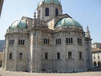 собор в старом городе Комо, весь никак не получался