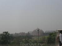Делі. Храм Акшардхам вдалині. 18.03.12