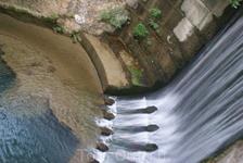 Прелестный водопад на семи источниках, вечером там совсем мало народу, можно полюбоваться и набраться сил после подземного перехода по тоннелю