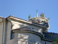 Крест на старой церкви