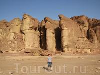 Соломоновы столбы образовались в результате многовековой эрозии горных пород
