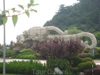 Площадь скульптуры тигров