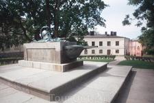 В крепости Свеаборг.