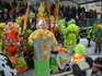 К середине карнавала уже люди в обычной одежде, не-ряженые, начинают восприниматься как-то странно... Ряженые везде. То есть вообще ВЕЗДЕ. Прохожие на ...
