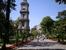 Часовая башня перед Дворцом Долмабахче.