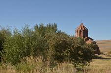 Мармашенская обитель была основана в 988 году, строительство же в ней закончилось в 1029 году. Первой была сооружена малая северная церковь, которая по ...
