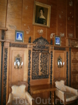 в этой гостиной часто  принимали  императрицу