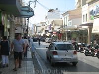 Просто улочка в центре Ираклиона.