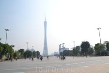 Район Zhujiang New Town  В этом относительно новом деловом, культурном и туристическом центре Гуанчжоу находится сразу несколько достопримечательностей ...