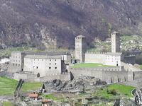Крепостные сооружения Беллинцоны