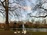 И потопала в сторону первого желанного объекта - Saint-James Park покорил мое сердце еще в самый приезд в Лондон лет семь назад. С тех пор он не изменился ...