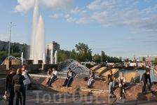Главный фонтан у Театра-Театра