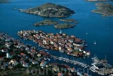 Гульхольмен (Gullholmen), Швеция Деревня Гульхольмен расположена к северу от Гетеборга. Западное побережье Швеции славится солнечным климатом и рыбацкими ...