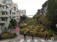 Сан-Франциско. Ломбард стрит. Самая кривая в мире улица.