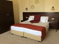 очень аккуратные и уютные номера  в отеле Aurum