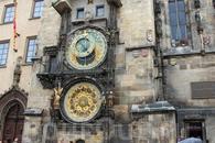 Удивительные старинные здания в идеальном состоянии окунули в эпоху средневековья.