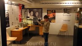 """""""Музей шпионажа"""" - море удовольствия. Читала в отзывах, что некоторым не понравилось - мол, мало экспонатов и не интересно. Это значит были без экскурсии ..."""