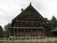 В музее деревянного зодчества Витославлицы. Изба Екимовой из д.Рышиво (ХIХ век).