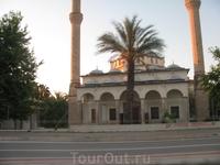 10 мая. День отъезда. Раннее утро. Мечеть в Анталии.