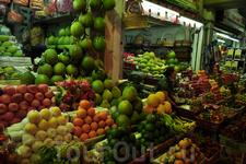 кладезь витаминов.  на ночном рынке