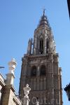 Башня колокольни  высотой 90 метров.