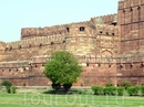 Стена форта.