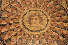 Многовековая мозаика Дворца Великих Магистров