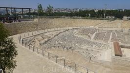 Ну и, напоследок. Известно, что строение Иерусалимского храма оказало значительное влияние на идеи масонского движения (братства «вольных каменщиков»). Храм является центральным символом масонства. Со