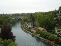 Швейцарская река Ааре, являющаяся левым притоком Рейна, берет свое начало в Бернских Альпах. Длина реки составляет 295 километров