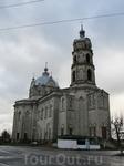 Троицкая церковь была заложена в 1802 году Андреем Баташевым. Окончено строительство было в 1847-1868 годах задолго после его смерти.