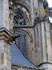 Традиционные горгульи украшают стены собора, отпугивая нечисть и, одновременно, работая стоками для воды.