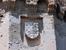 Стены башен хранят гербы его владельцев.  В 1453 году епископ Авила начал строительство замка-резиденции, котрое продолжалось более 20 лет и окончилось оно в конце 14 века благодаря племяннику Алонсо