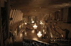 Подземный собор в соляных шахтах Велички.