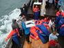 Оккупировав верхнюю капитанскую палубу  сверху слушаю иструктаж про китов