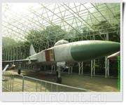 Истребитель - перехватчик Су-15 (СССР).
