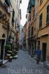 Хозяйка первого нашего отеля очень рекомендовала посетить город Портовенере. По ее словам это самый красивый город в Лигурии