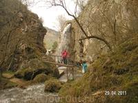 Медовые водопады; вид на &quotБольшой медовый&quot