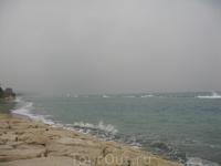 вот таким бывает Средиземное море в феврале!