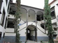 Внутренний двор муниципалитета