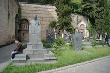 Пантеон писателей и общественных деятелей Грузии