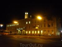 Вечерний вокзал в Любляне - столице Словении