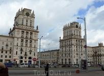 """архитектурный комплекс """"Ворота города"""""""